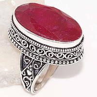 Кольцо из серебра с индийским рубином корундом  19 размер