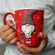 Чашки и кружки с новогодней тематикой
