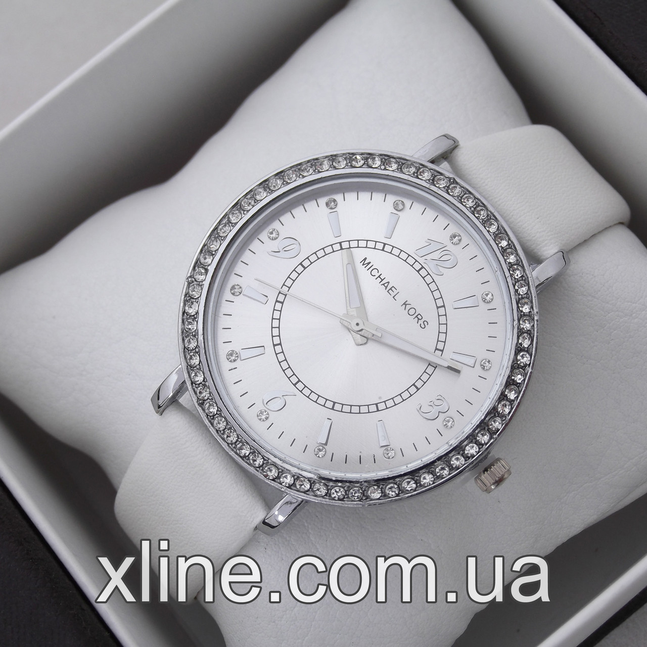 Женские наручные часы Michael Kors M275 на кожаном ремешке