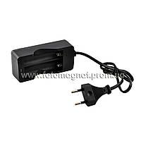 Зарядка для аккумуляторов HXY-042/MD202  2*18650 от 220V