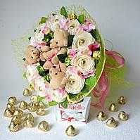 Оригинальный подарок девушке на день святого Валентина 14 февраля. Букет из игрушек.