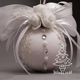 Дизайнерский новогодний шар из пенопласта диаметром 80 мм Белый