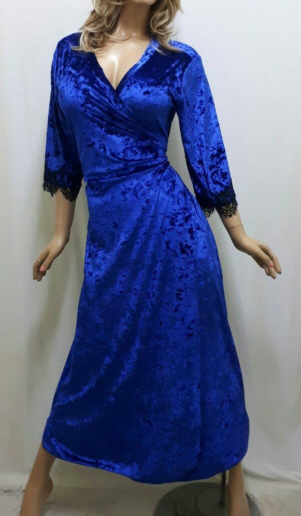 """Женский длинный велюровый халат на запах с гипюром большого размера от 50 до 62, """"Сердце Богини"""""""