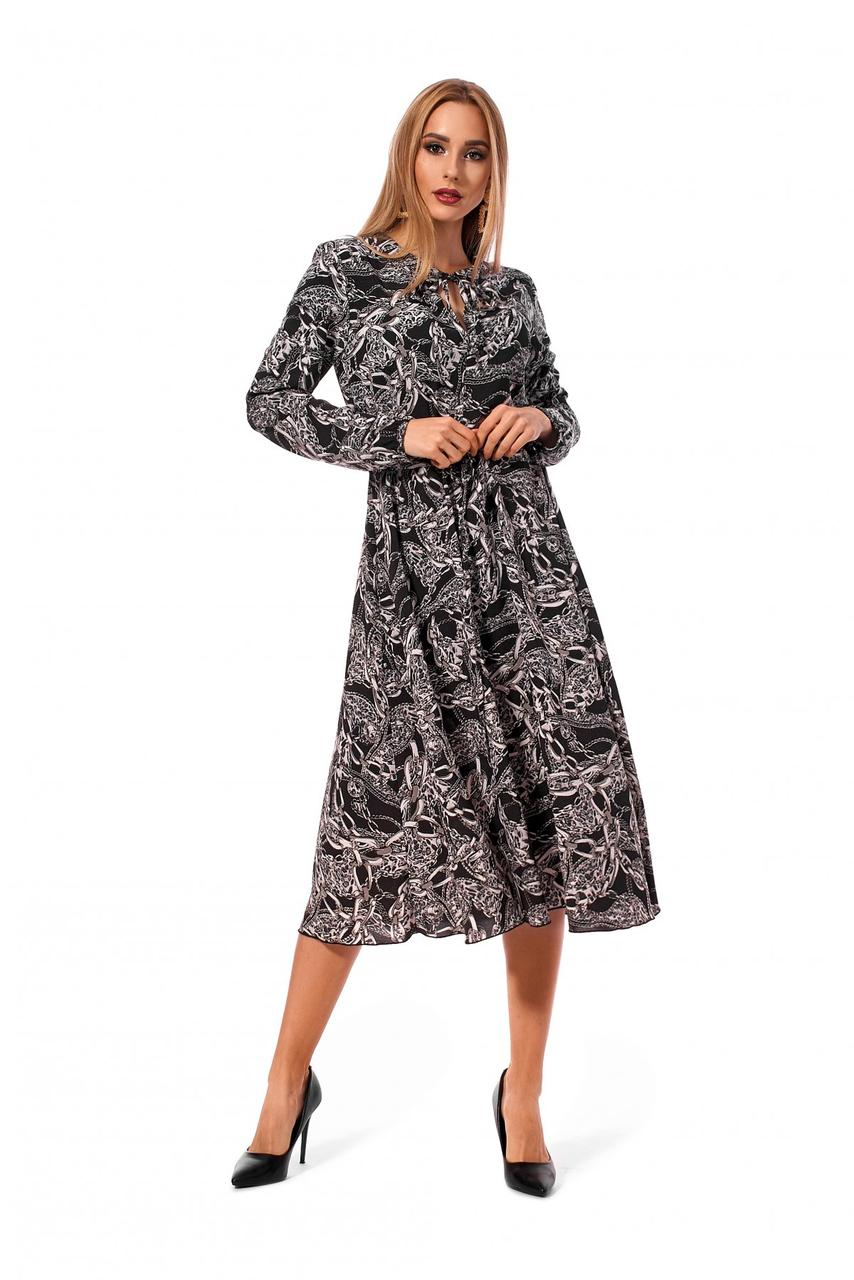 Платье из качественной ткани софт.