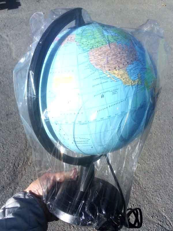 Глобус политический 22см с подсветкой