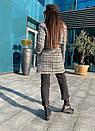Короткое женское Пальто в клетку на утеплителе с поясом и отложный воротником 58pt253, фото 7