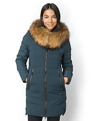 Женское зимнее  пальто с натуральным мехом енота