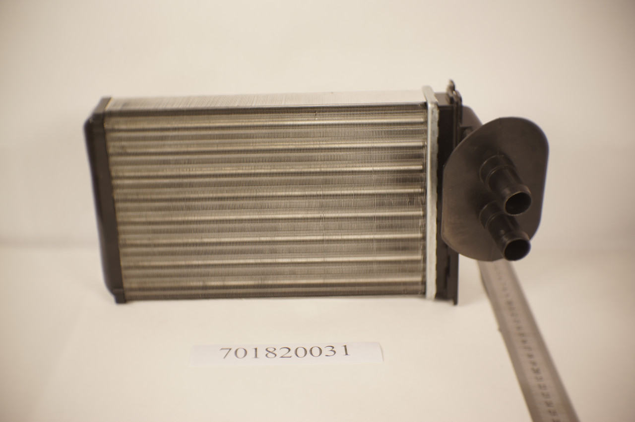 Радиатор печки Volkswagen Transporter T4 1992-2003 (AC+) 230*155*42мм по сотах KEMP
