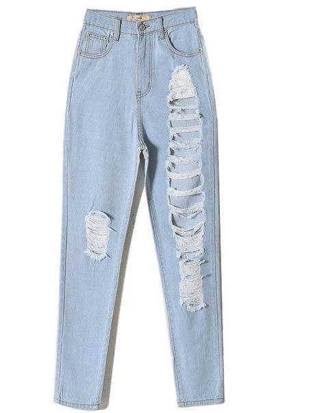 Рваные джинсы на левой ноге