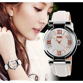Женские клаcсические часы бренда Skmei