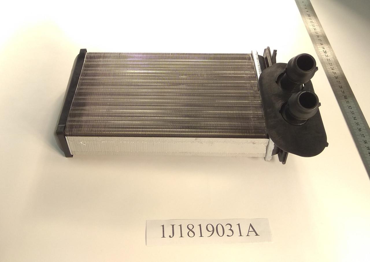Радиатор печки Audi А3 (1.6-2.0) 234*157мм по сотах KEMP