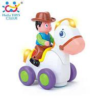 Детская игрушка Huile toys Ковбой на веселой лошади