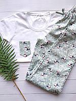 """Пижама женская для дома и сна с белой футболкой и разноцветными штанами """"Птички"""" на подарок девушке/жене"""