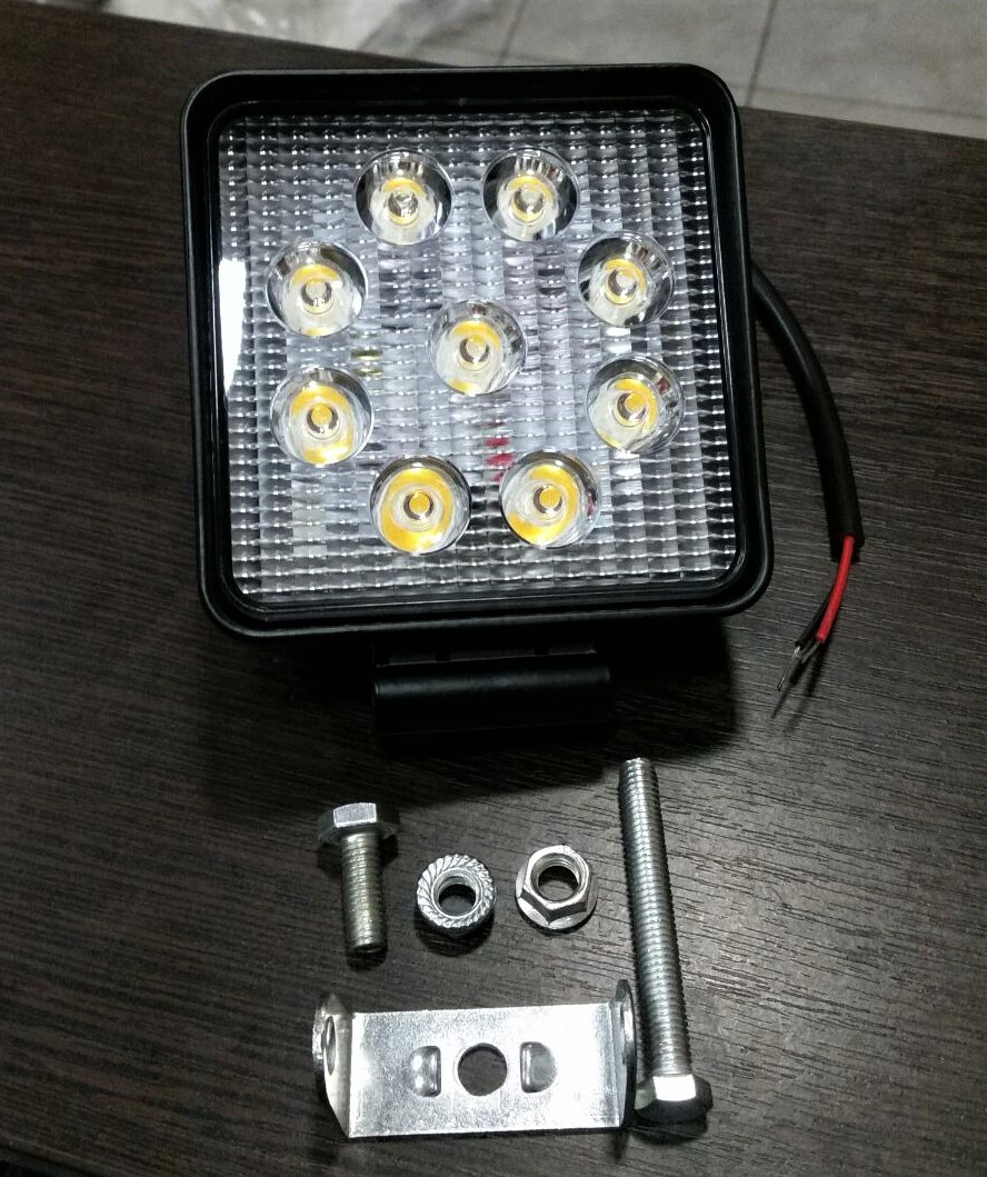 Фара LED дополнительная противотуманная 27W