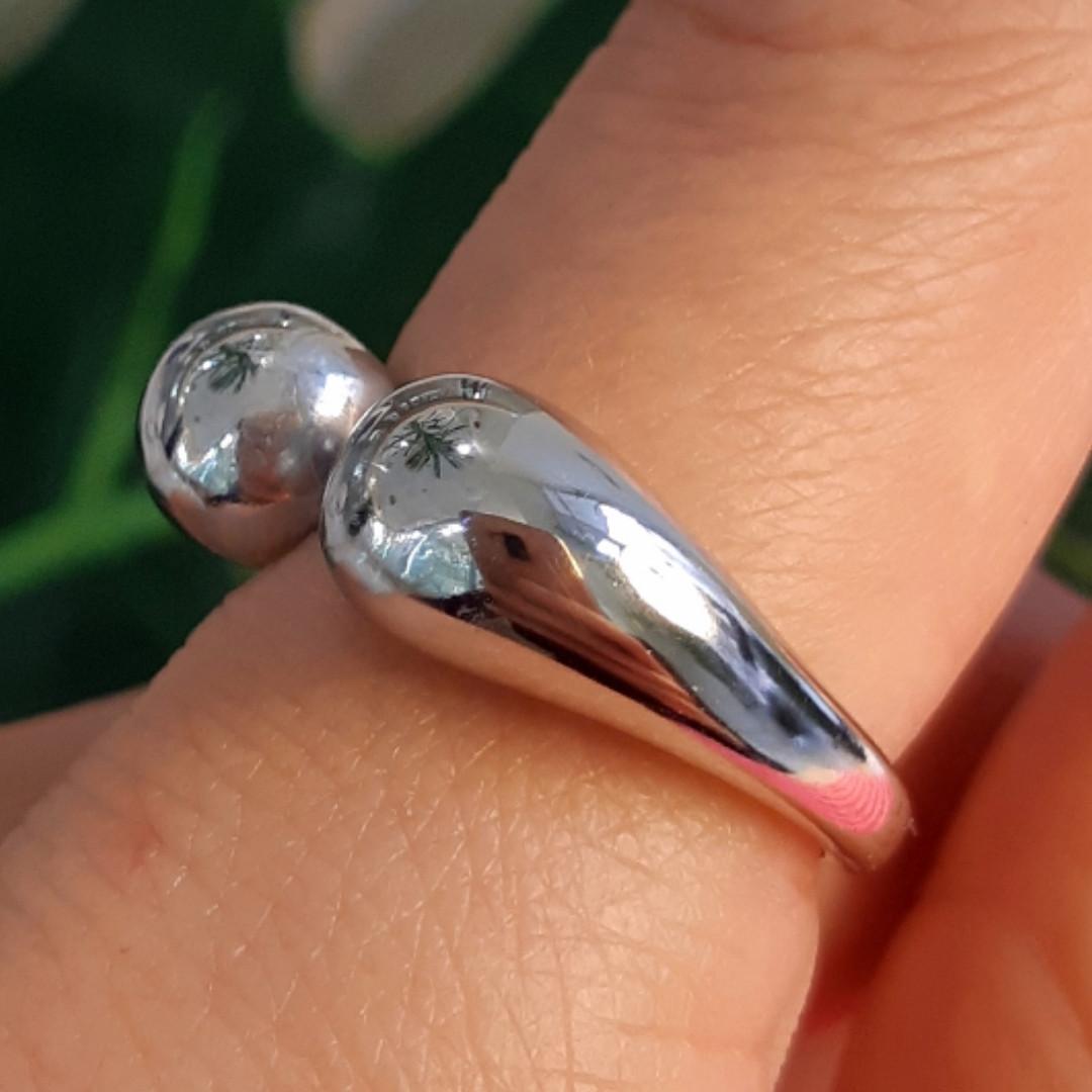 Срібне кільце без каменів - Кільце Поцілунки срібло 925