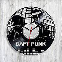 Daft Punk часы Єлектронный дуэт Музика часы Концептуальные часы Часы в интерьер Дафт Панк лица Материал винил