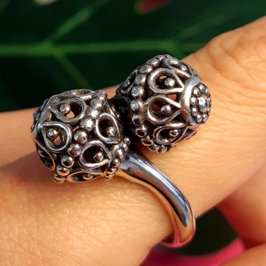 Серебряное кольцо без камней Восточные Поцелуи - Женское серебряное кольцо