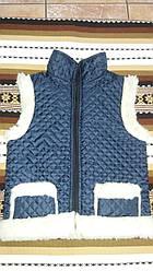 Тепла дитяча жилетка із овчини на замочку,синього кольору