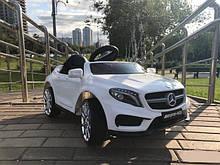 Детский электромобиль Mercedes GLA 45 AMG ( М 3995) белый, черный