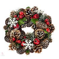 Новогодний венок из шишек и ягод 8004-003