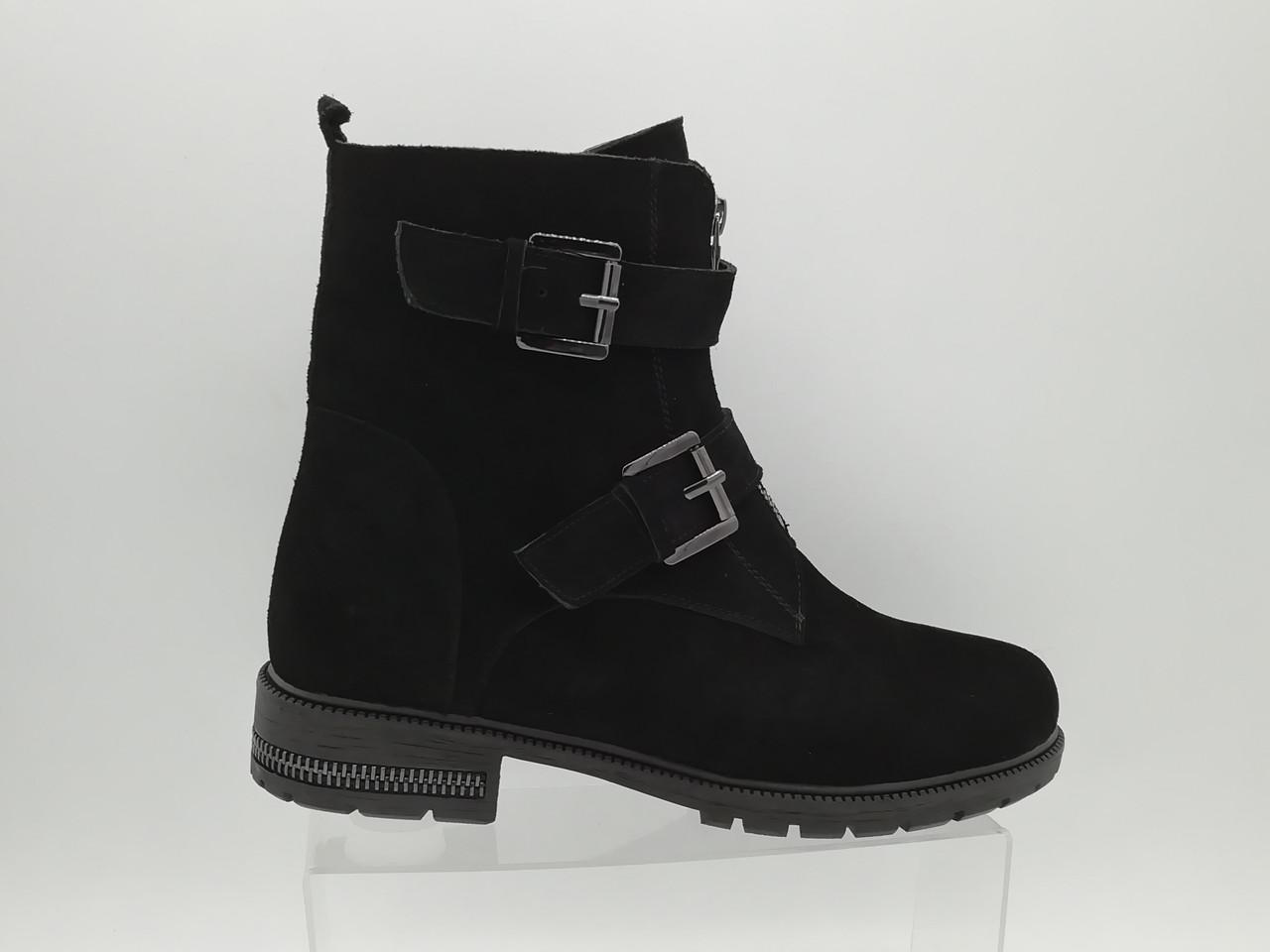Замшеві зимові чоботи. Erisses. Великі розміри (41 - 43).