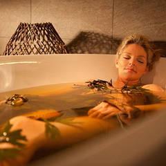 Средства для лечебных, оздоровительных ванн.