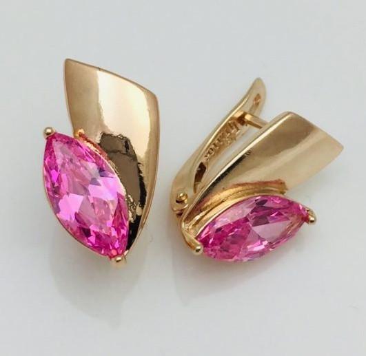 Серьги с розовым камнем ювелирная бижутерия