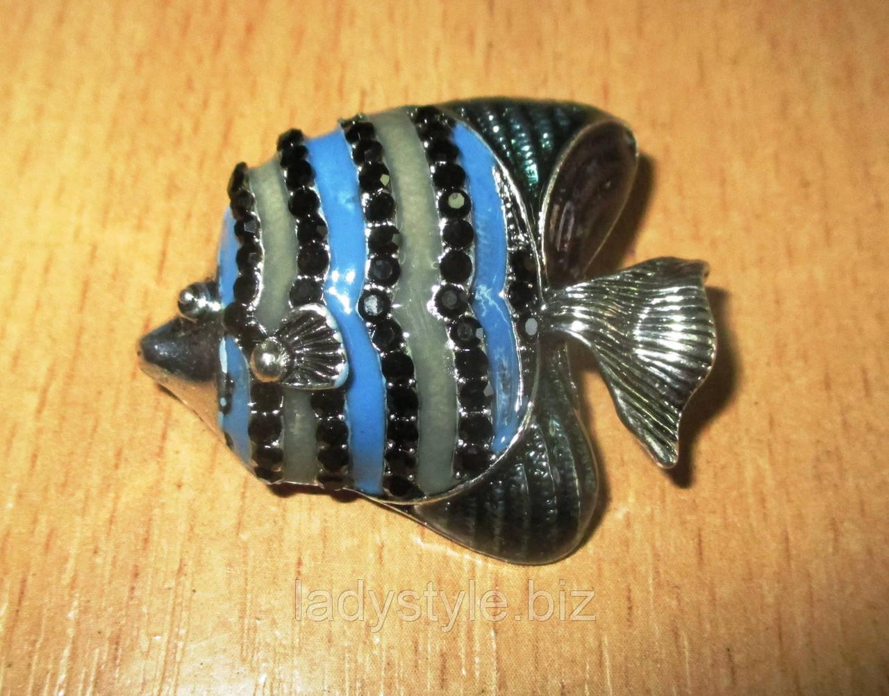 Яркая брошь- синяя коралловая рыбка от студии LadyStyle.Biz