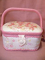 Шкатулка для рукоделия из ткани розовая 23х19х11 сантиметров