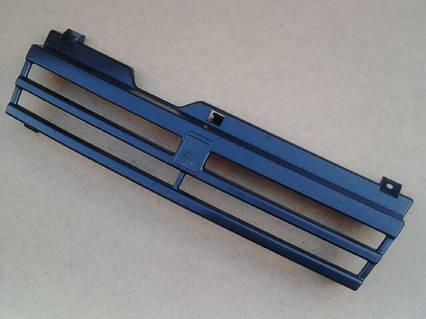Решетка радиатора ВАЗ 21083, черная, Кампласт