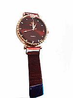 Часы кварцевые  Rinnady на  браслете с магнитом. Бордовый