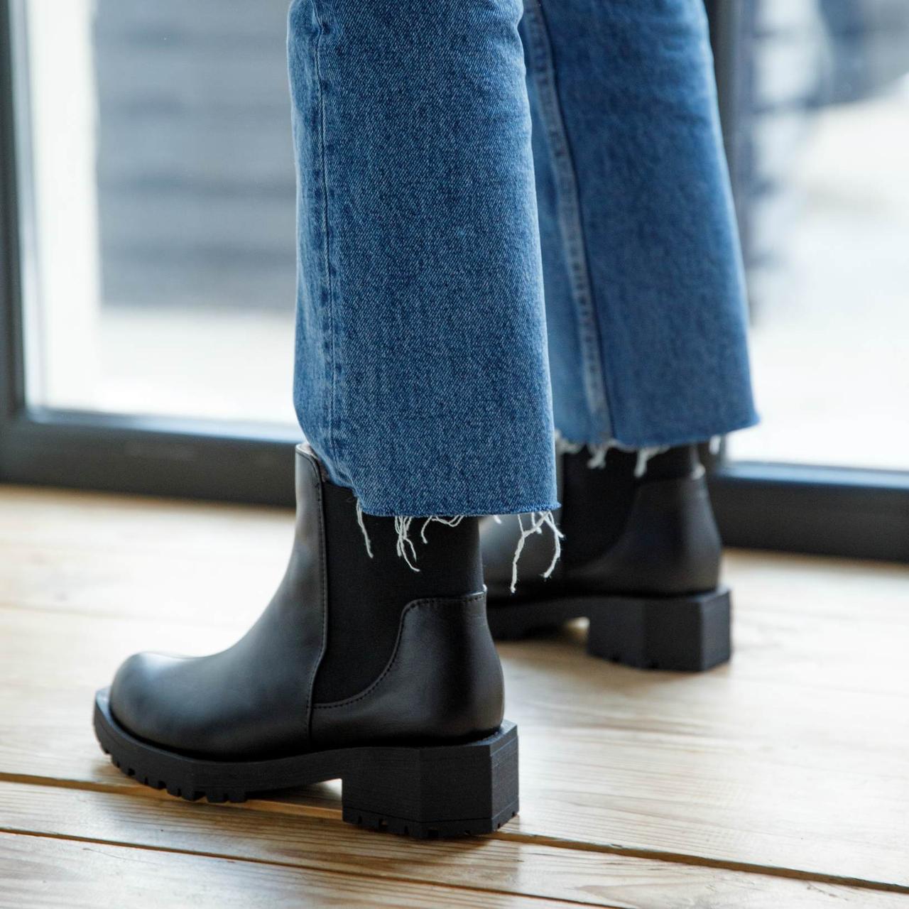 Ботинки женские кожаные на низком каблуке. Утеплитель на выбор
