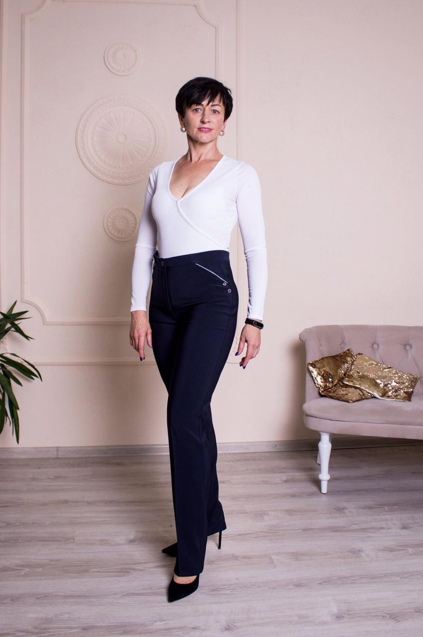 Классические женские брюки с высокой посадкой, черного и синего цвета.