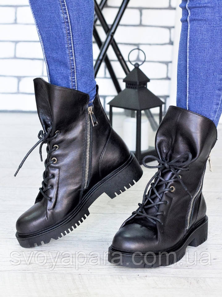 Ботинки Angelina черная кожа 7198-28
