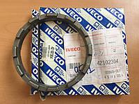 Гайка корончатая дифференциала Iveco  42102304