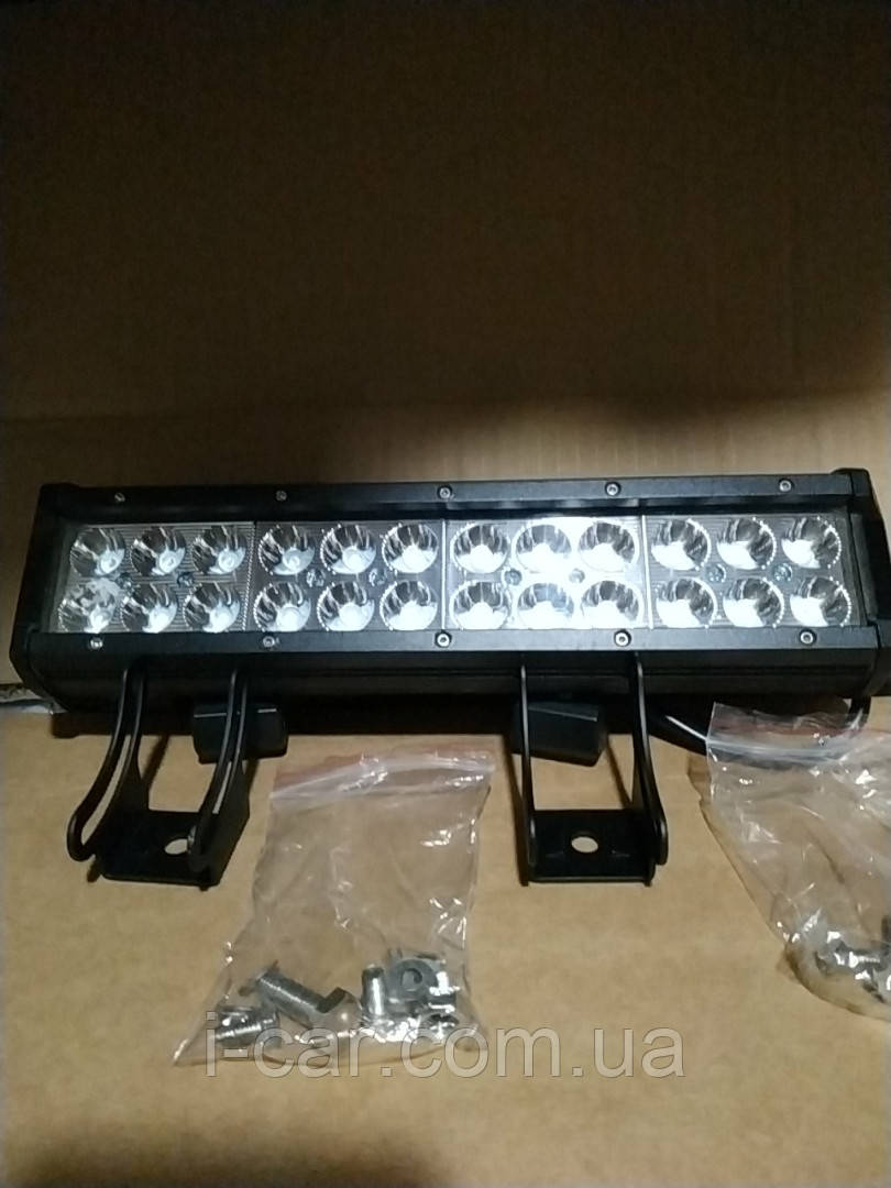 Двухрядная светодиодная LED фара D72W дальнего света