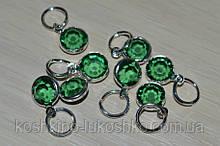 Подвеска с  зеленым кристалом