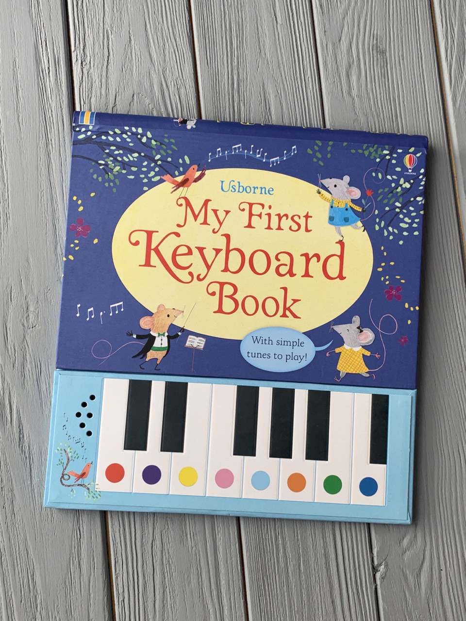 Книга-пианино для детей со звуком My First Keyboard Book Usborne