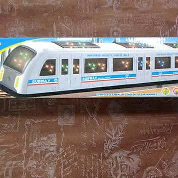 Музыкальный поезд метро светится ездит не по рельсам