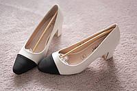 Женские туфли классические на каблуке 6см бело-черные кожа Италия 37-39
