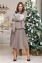 Теплый костюм с юбкой плиссе миди «Снежка»
