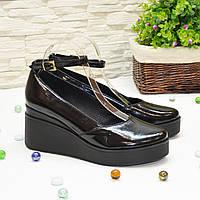 Туфли женские лаковые на платформе, цвет черный