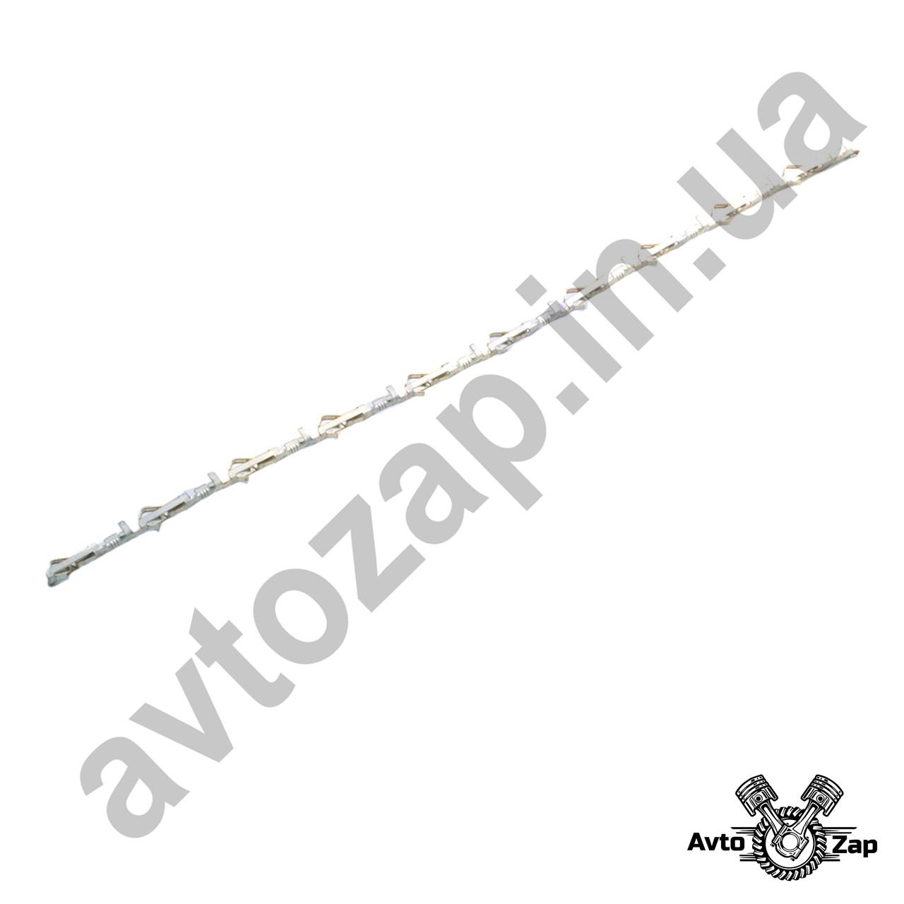 Контакт к задним фонарям ВАЗ 2107 штыревой .   20610