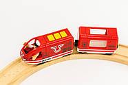 BRIO World АКСЕССУАРЫ ТРАНСПОРТ Пассажирский поезд с USB подзарядкой, вагоном и машинистом 33746, фото 4