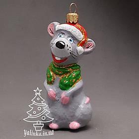 Пластиковая игрушка на елку Крысеныш в колпаке