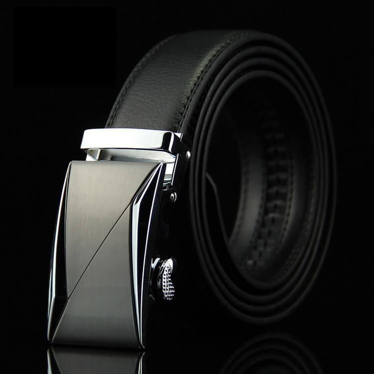 Мужской Ремень Кожаный с Автоматической Пряжкой Пояс (015) Черный 125см