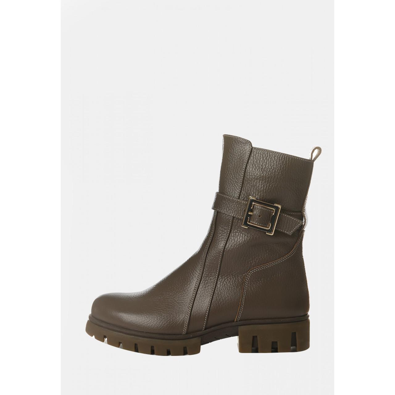 Зимние женские кожаные ботинки капучино