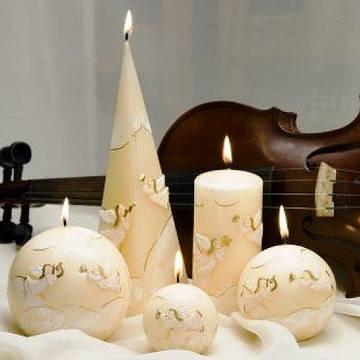 Свадебных и декоративных свечей стало еще больше