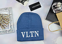 Голубая женская шапка в стиле Valentino VLTN