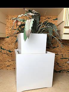 Горшок белый квадратный керамический высокий
